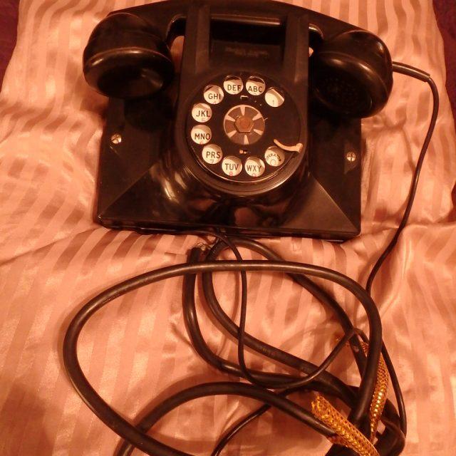 phone on cloth